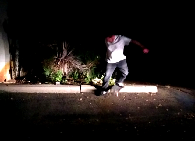 backside no comply tail